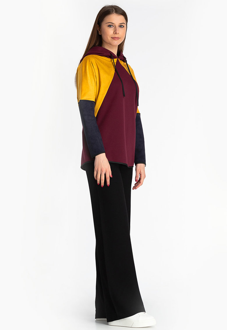 Hanorac cu model colorblock Antonia M fashiondays.ro