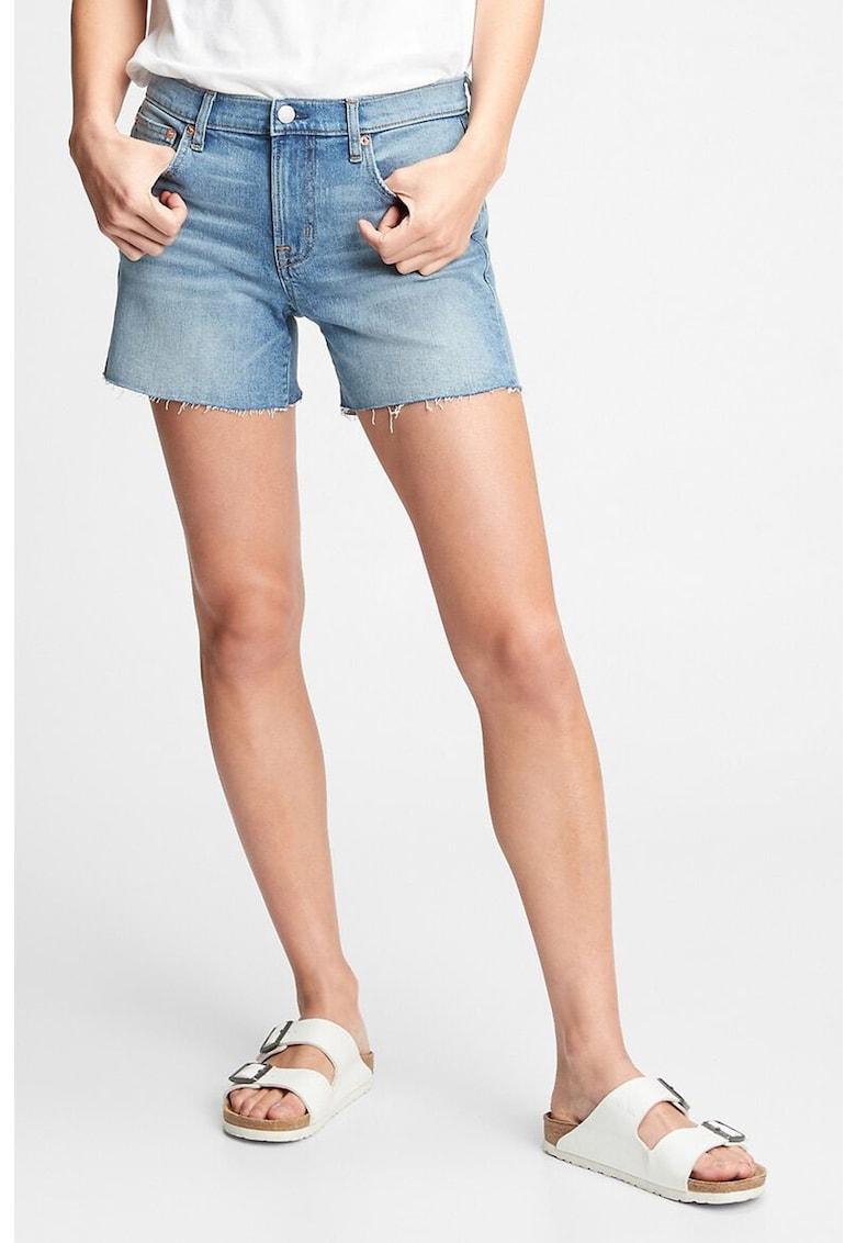 Pantaloni scurti din denim cu margini nefinisate