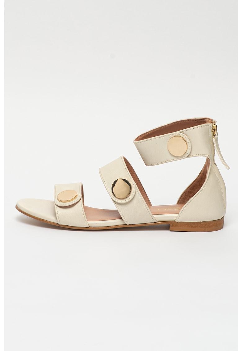 Sandale de piele cu detalii metalice