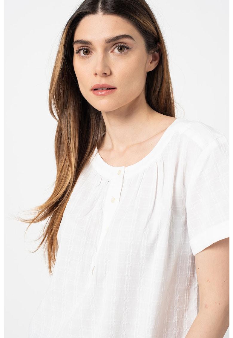 Bluza lejera cu fenta scurta imagine fashiondays.ro GAP