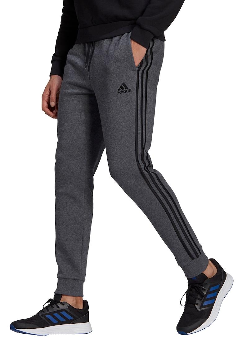 Pantaloni conici de fleece cu 3 dungi Essentials de la adidas Performance