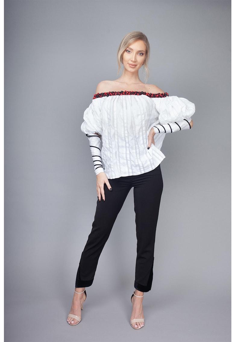 Bluza cu decolteu pe umeri Dianthus imagine fashiondays.ro IE clothing