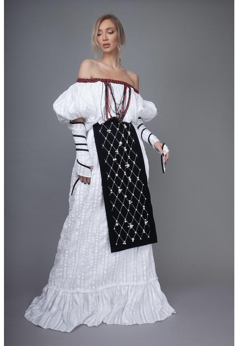 Sort traditional cu margele Ema imagine fashiondays.ro IE clothing