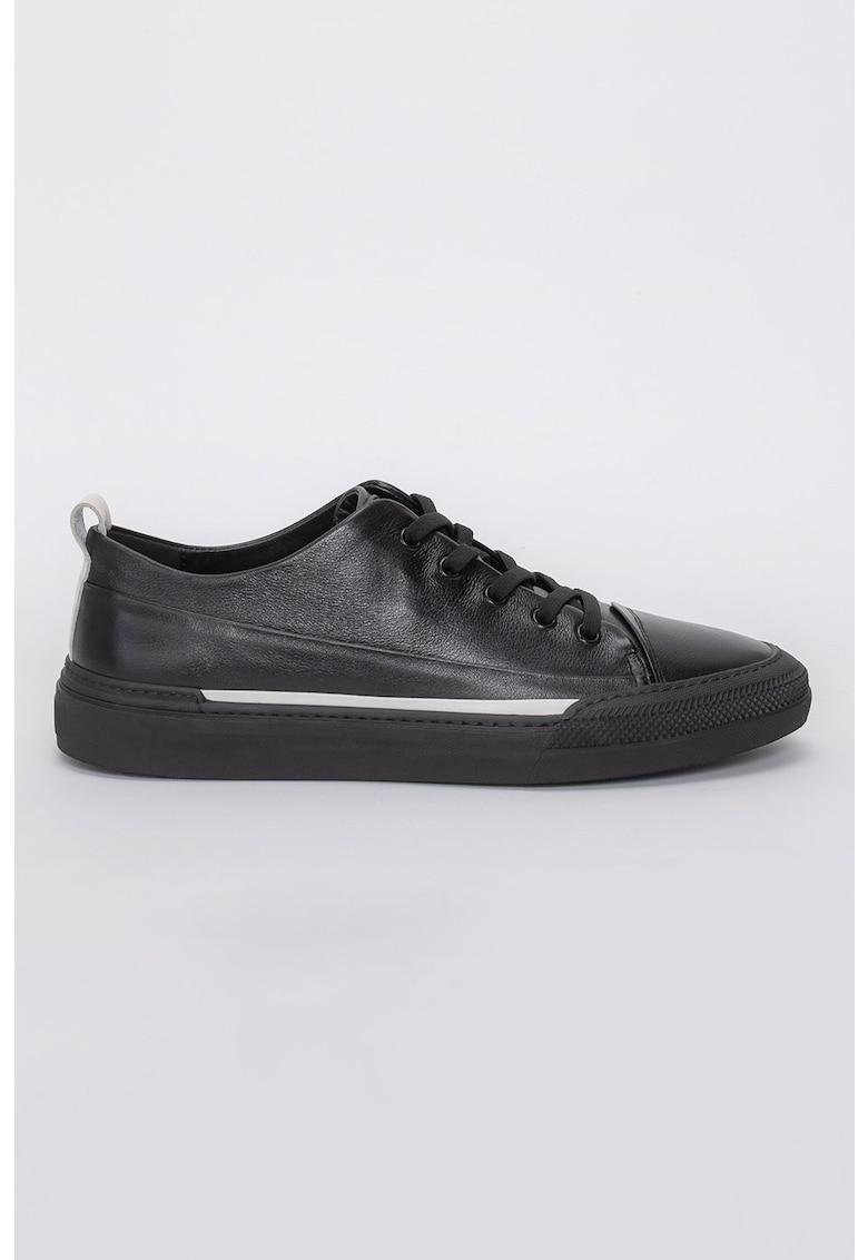 Pantofi sport de piele Cyrus imagine fashiondays.ro 2021