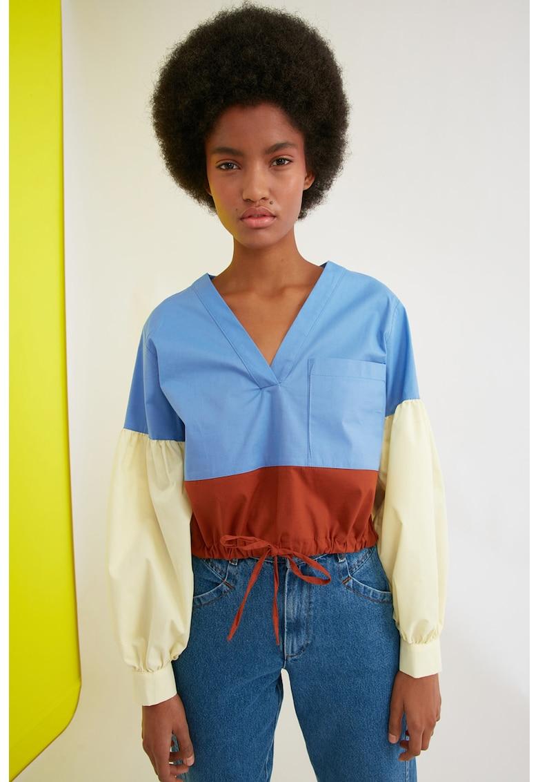 Bluza colorblock cu snur imagine fashiondays.ro Trendyol