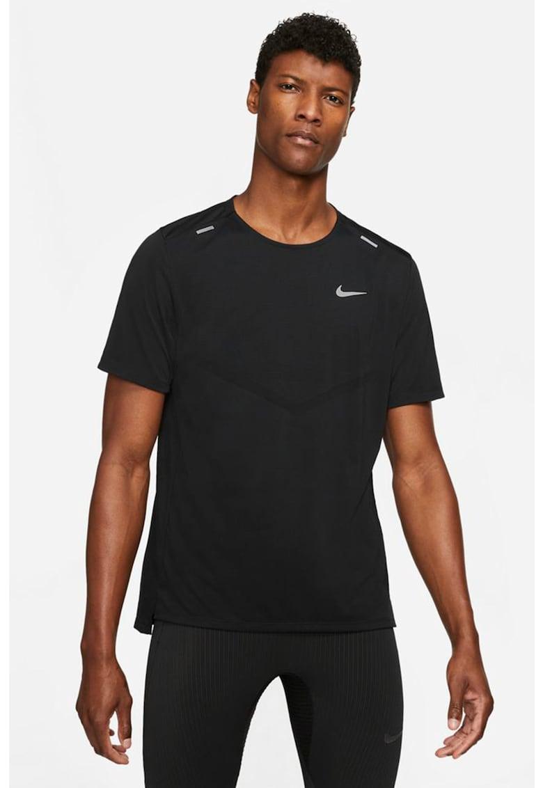 Tricou cu tehnologie Dri-Fit pentru alergare Rise 365 imagine fashiondays.ro Nike