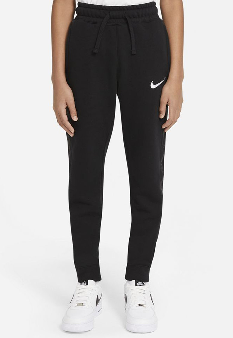 Pantaloni sport cu croiala conica Swoosh imagine fashiondays.ro 2021
