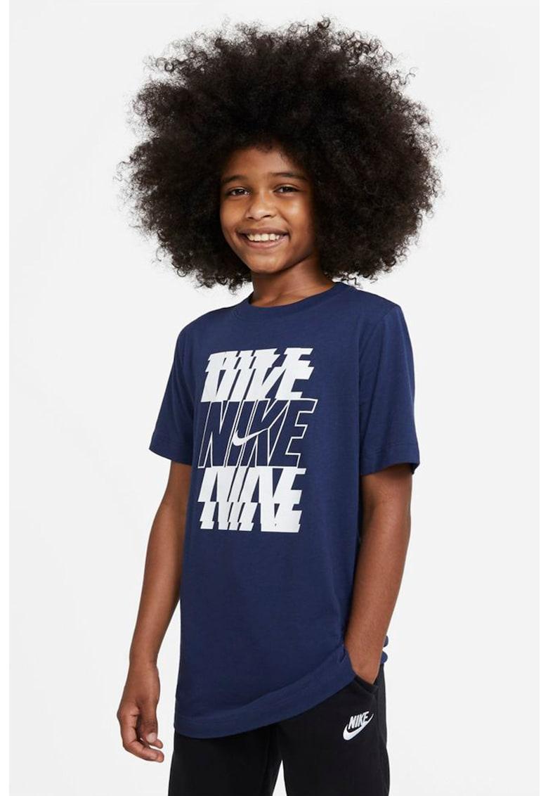 Tricou din bumbac cu imprimeu logo Stack imagine fashiondays.ro Nike