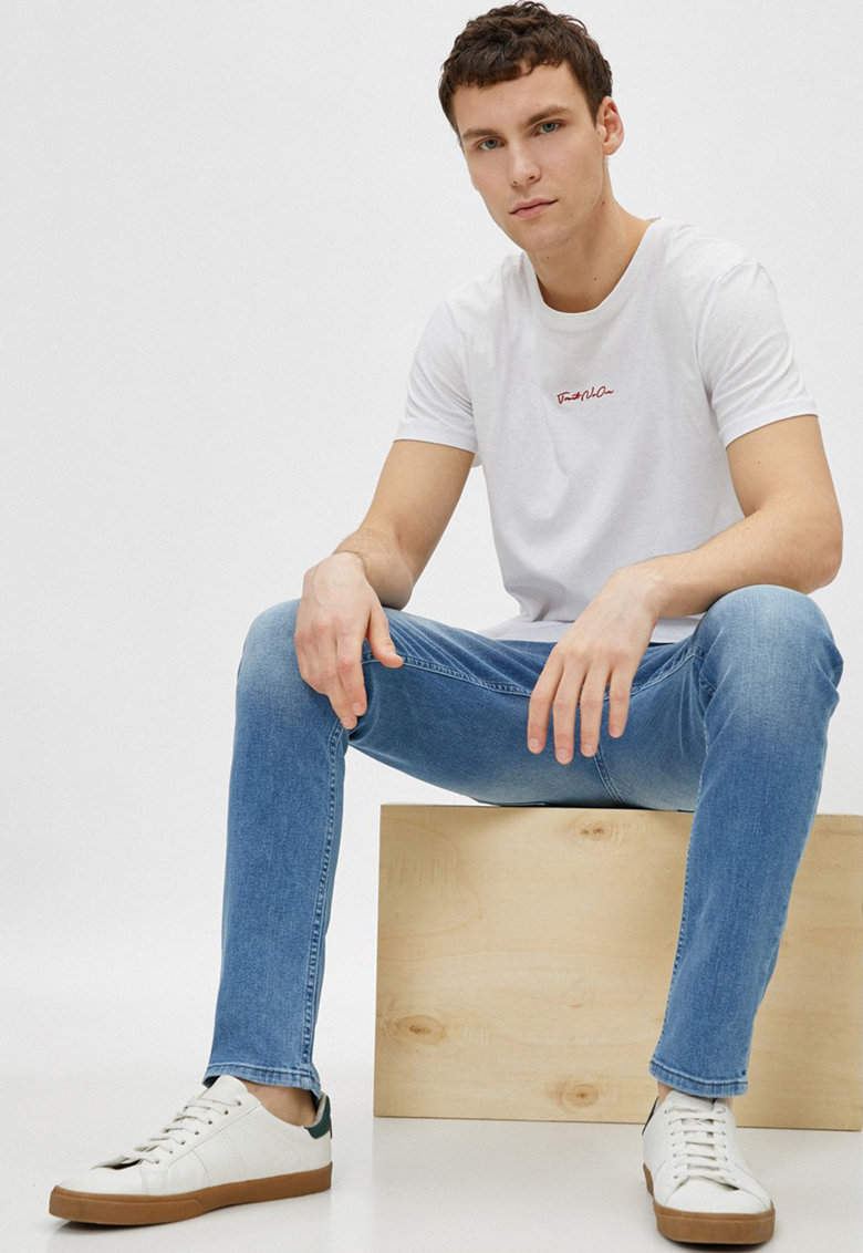 Blugi skinny cu aspect decolorat Michael imagine fashiondays.ro 2021