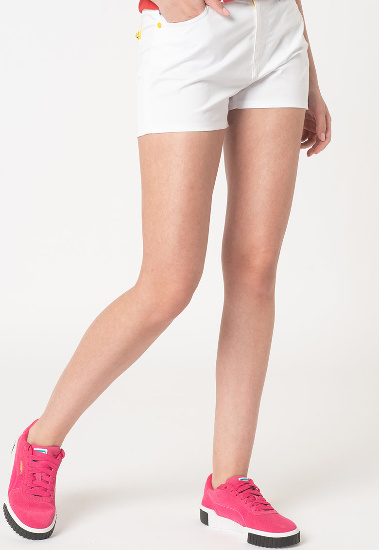 Pantaloni scurti din denim cu detalii contrastante