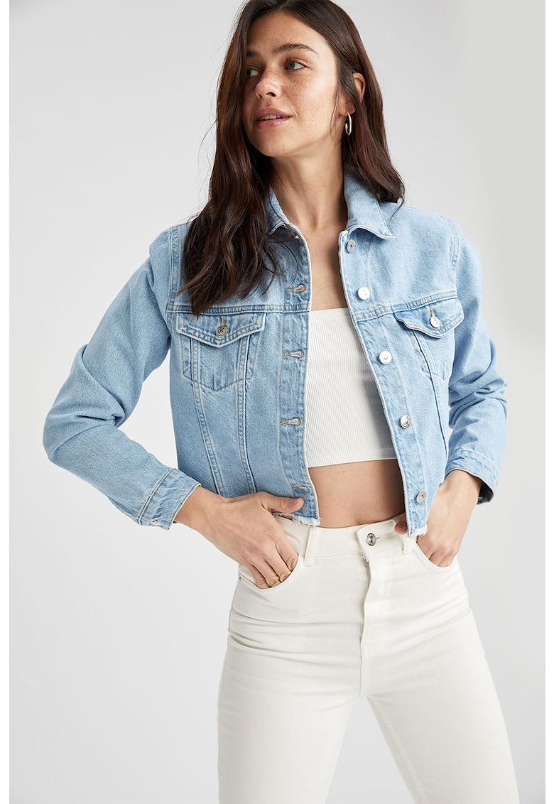 Jacheta din denim cu terminatie franjurata imagine fashiondays.ro 2021