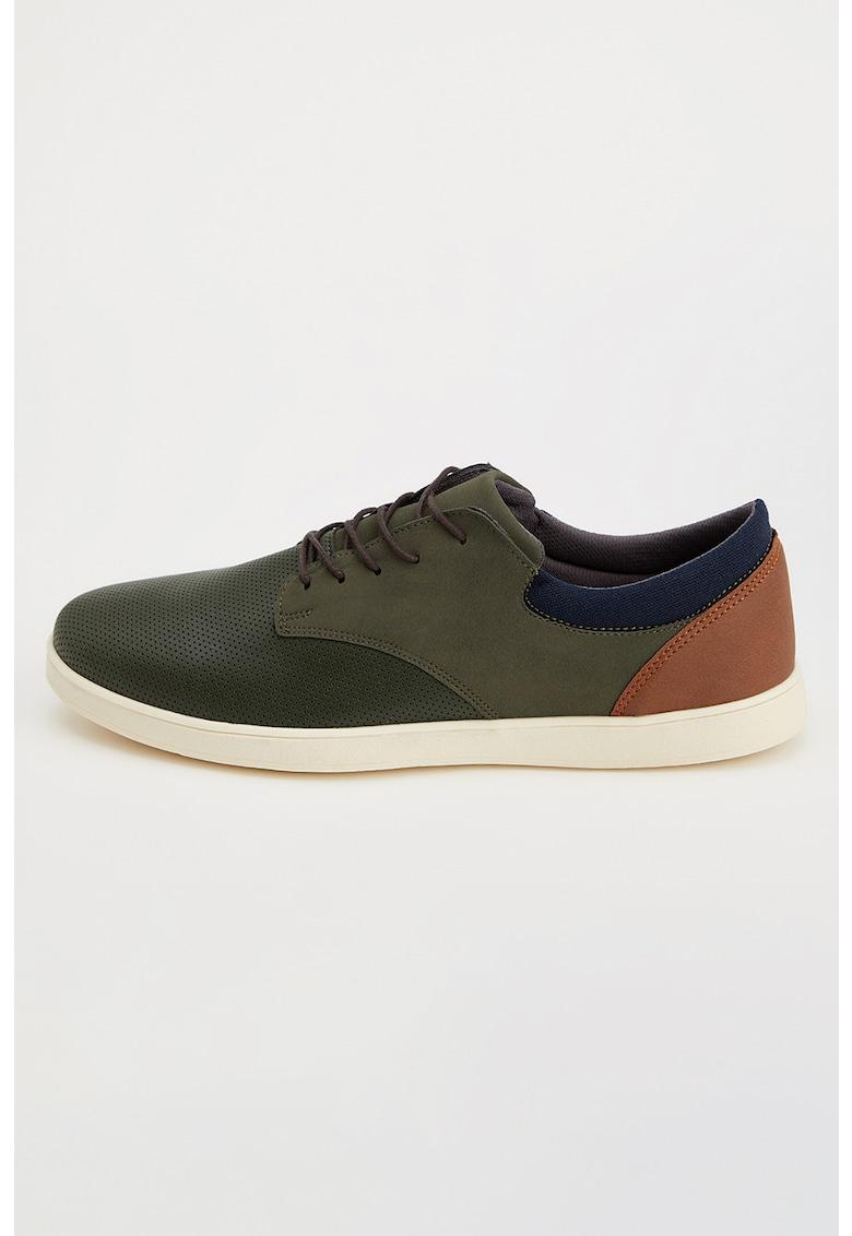 Pantofi cu perforatii fashiondays.ro