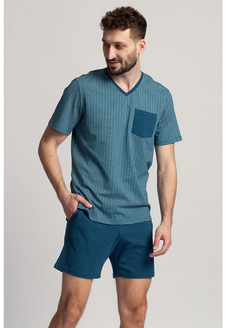 Pijama cu imprimeu si pantaloni scurti Gregory imagine fashiondays.ro 2021