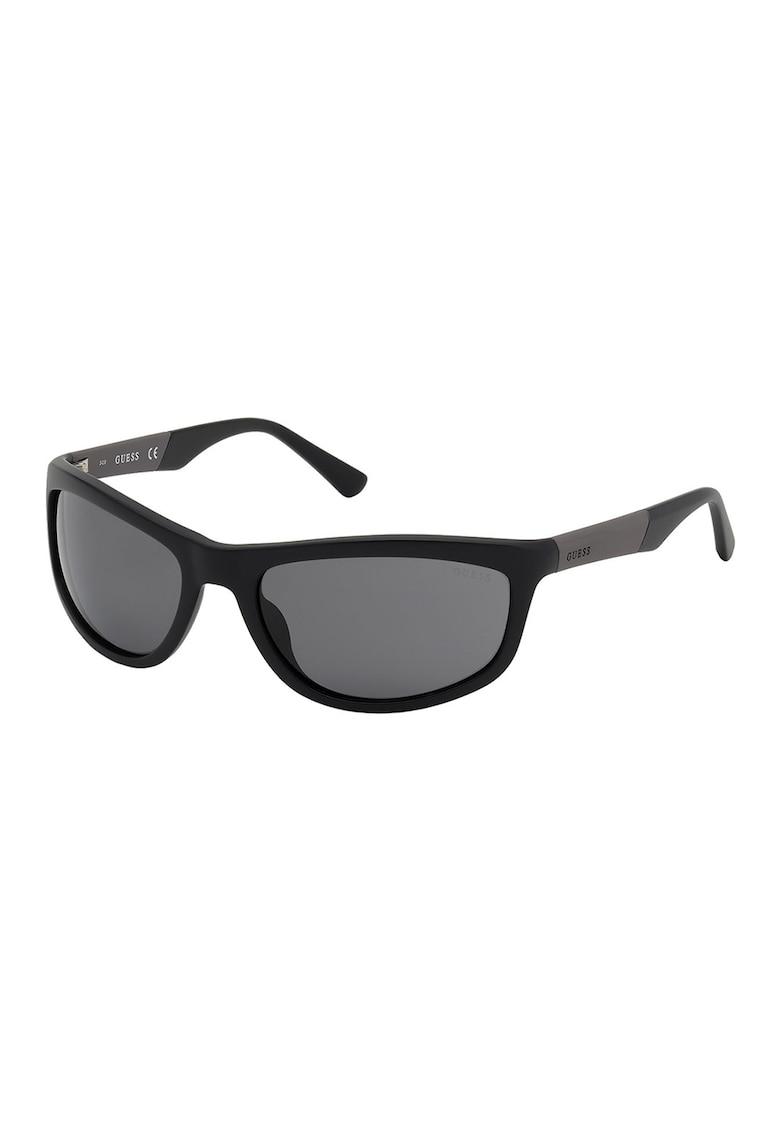 Ochelari de soare wrap imagine fashiondays.ro Guess