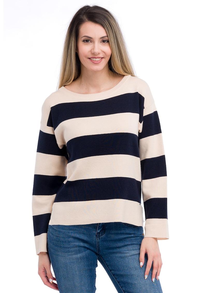 Bluza cu model in dungi