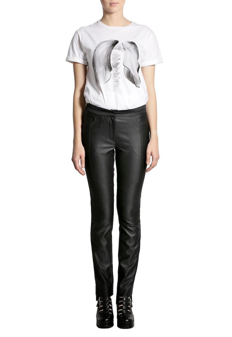 Tricou cu imprimeu grafic si detaliu pe partea din spate imagine fashiondays.ro Larisa Dragna