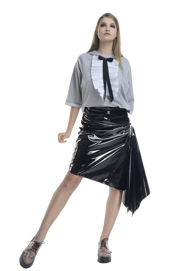 Fusta midi asimetrica cu aspect peliculizat imagine fashiondays.ro Larisa Dragna