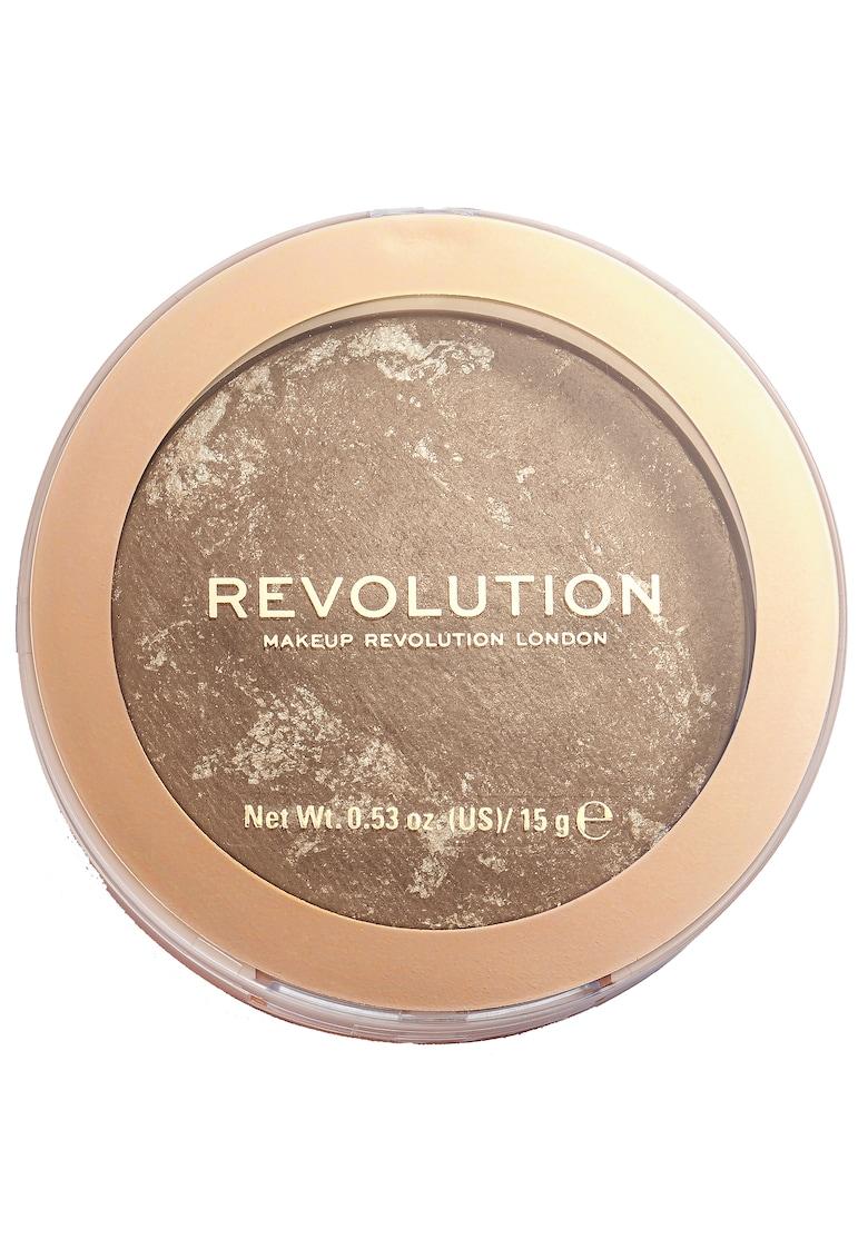 Pudra bronzanta  Reloaded - 15 g de la Makeup Revolution