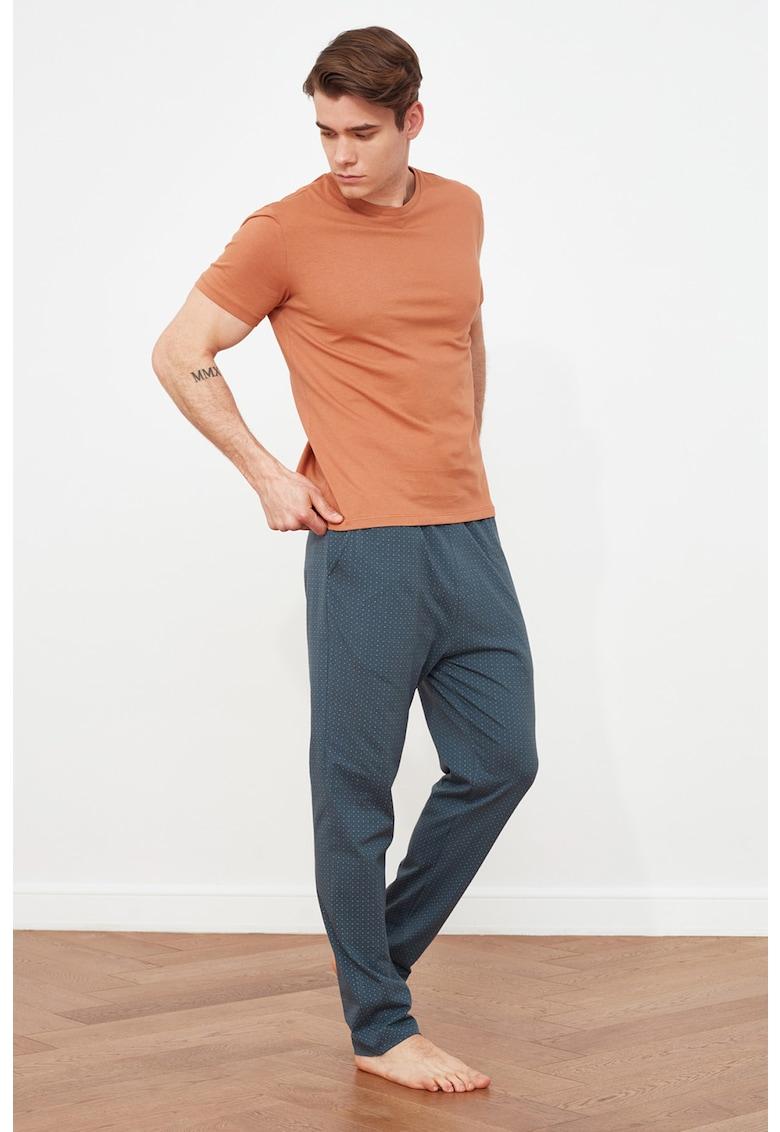 Tricou si pantaloni de pijama