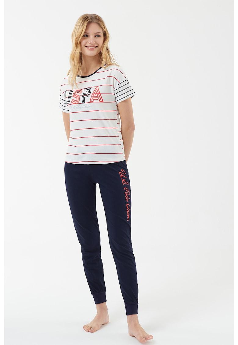 Pijama cu logo si imprimeu in dungi
