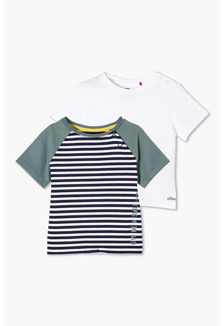 Set de tricouri de bumbac cu diverse imprimeuri - 2 piese