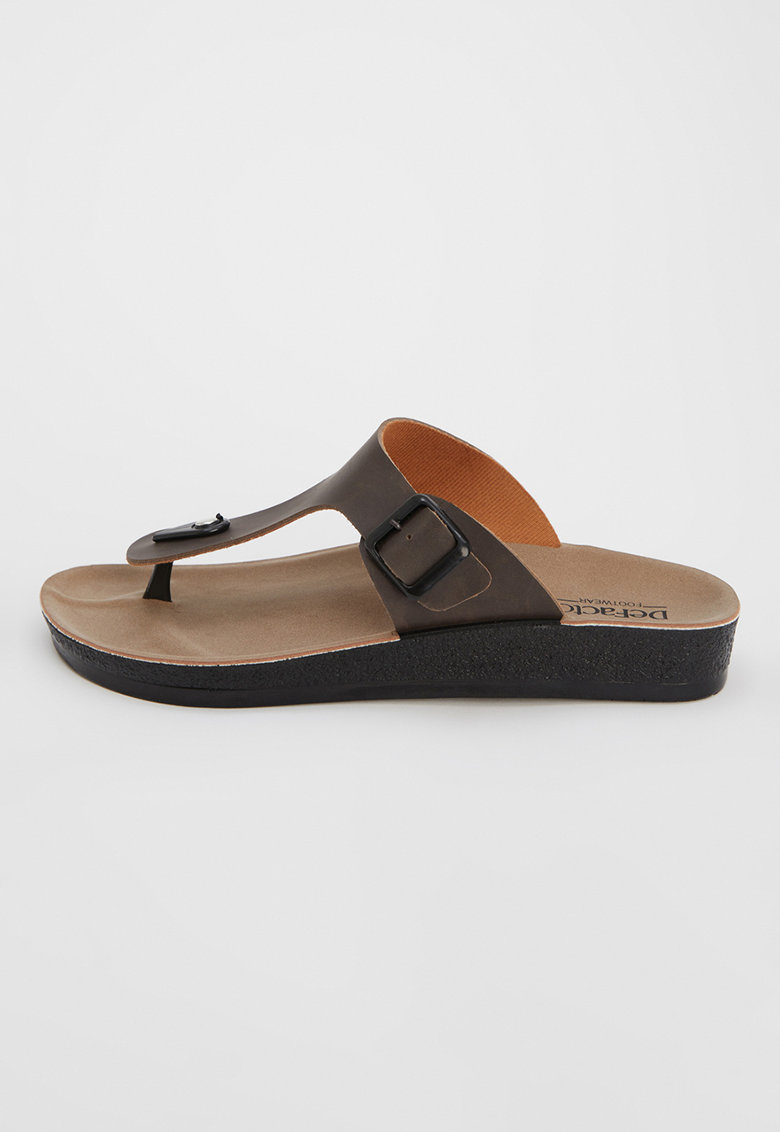 Papuci cu bareta separatoare - din piele ecologica de la DeFacto