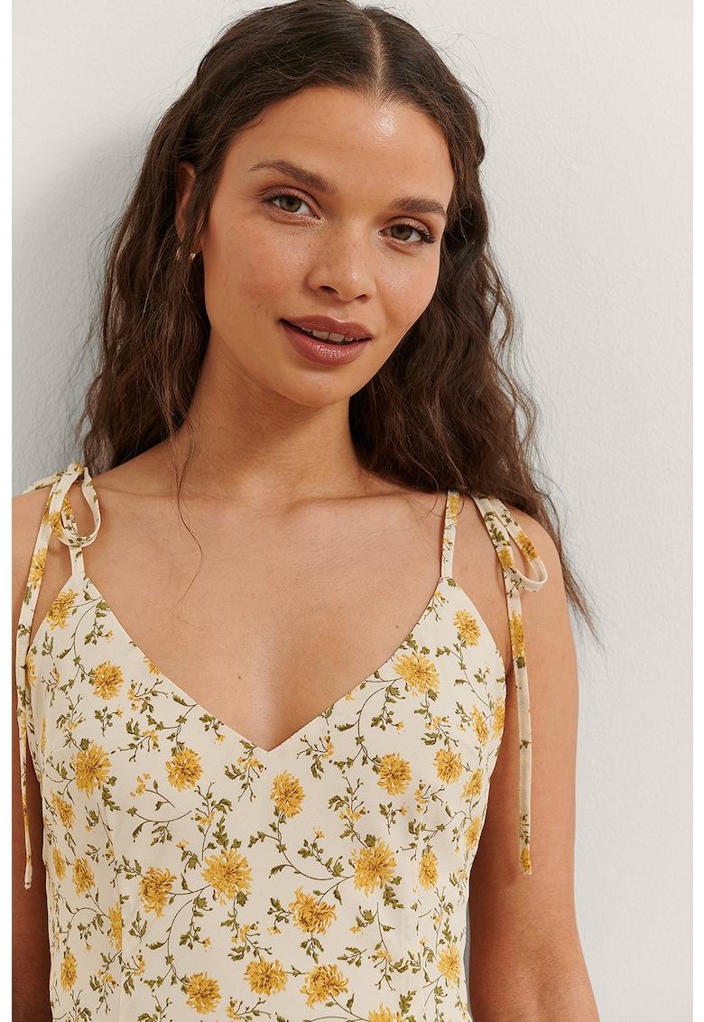 Rochie cu decolteu in V si model floral