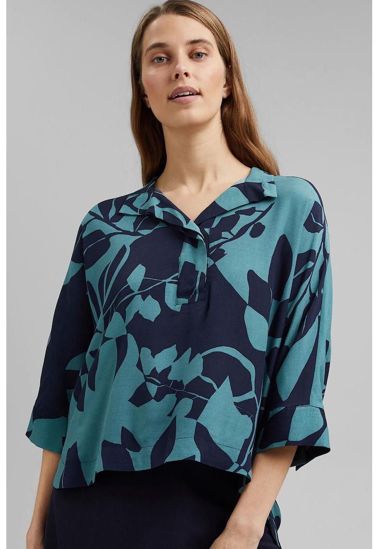 Bluza vaporoasa cu imprimeu si model asimetric