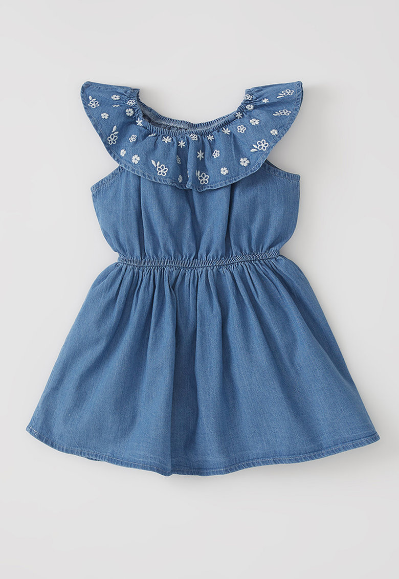 Rochie din material chambray si broderii florale