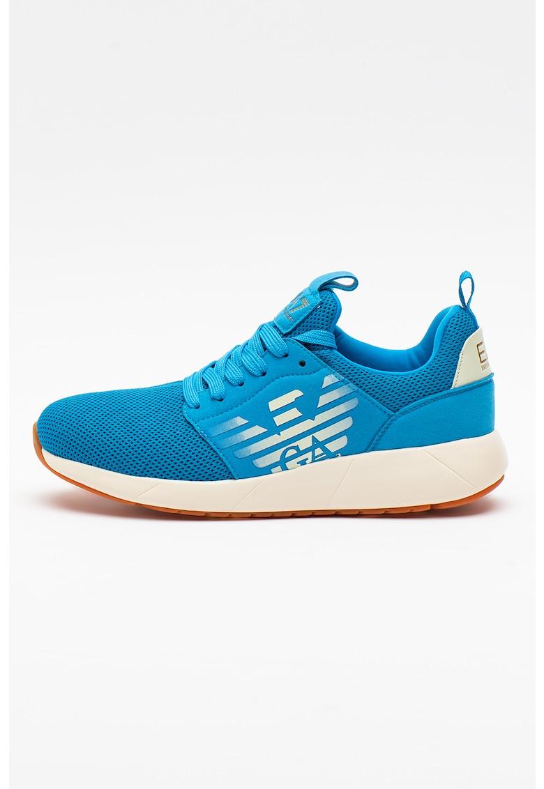Pantofi sport din plasa cu garnituri din piele intoarsa ecologica si imprimeu logo