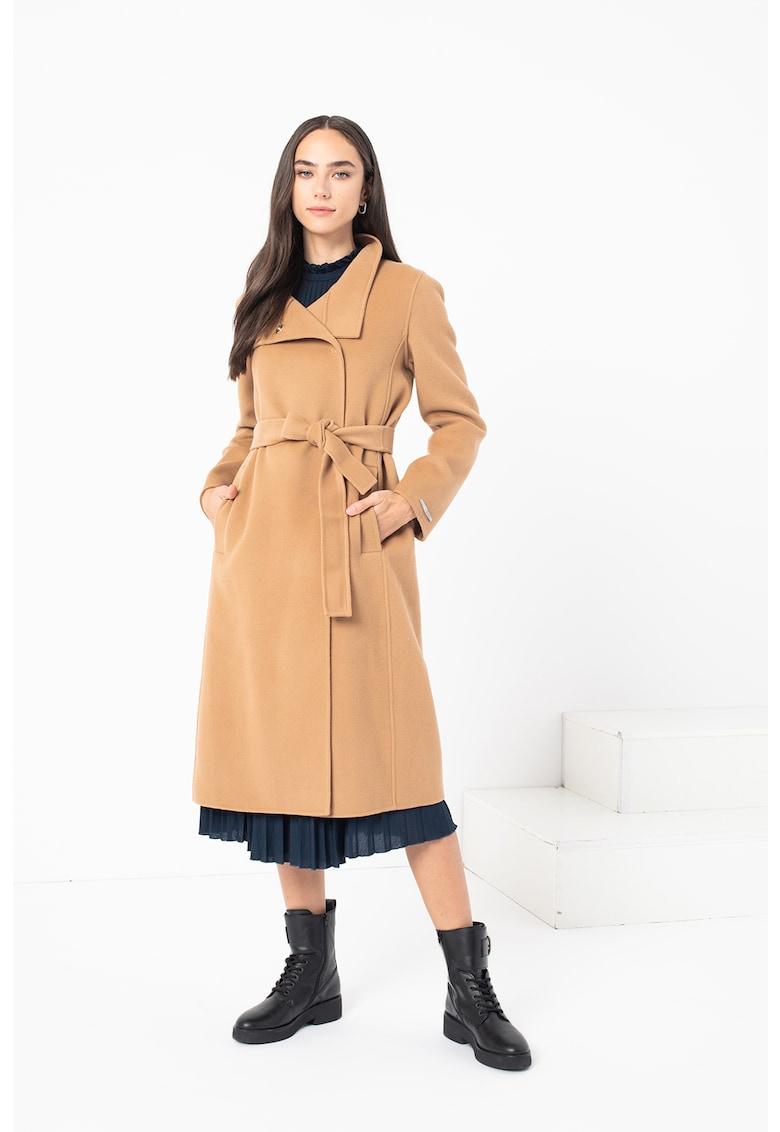 Palton de lana cu o curea Raduno