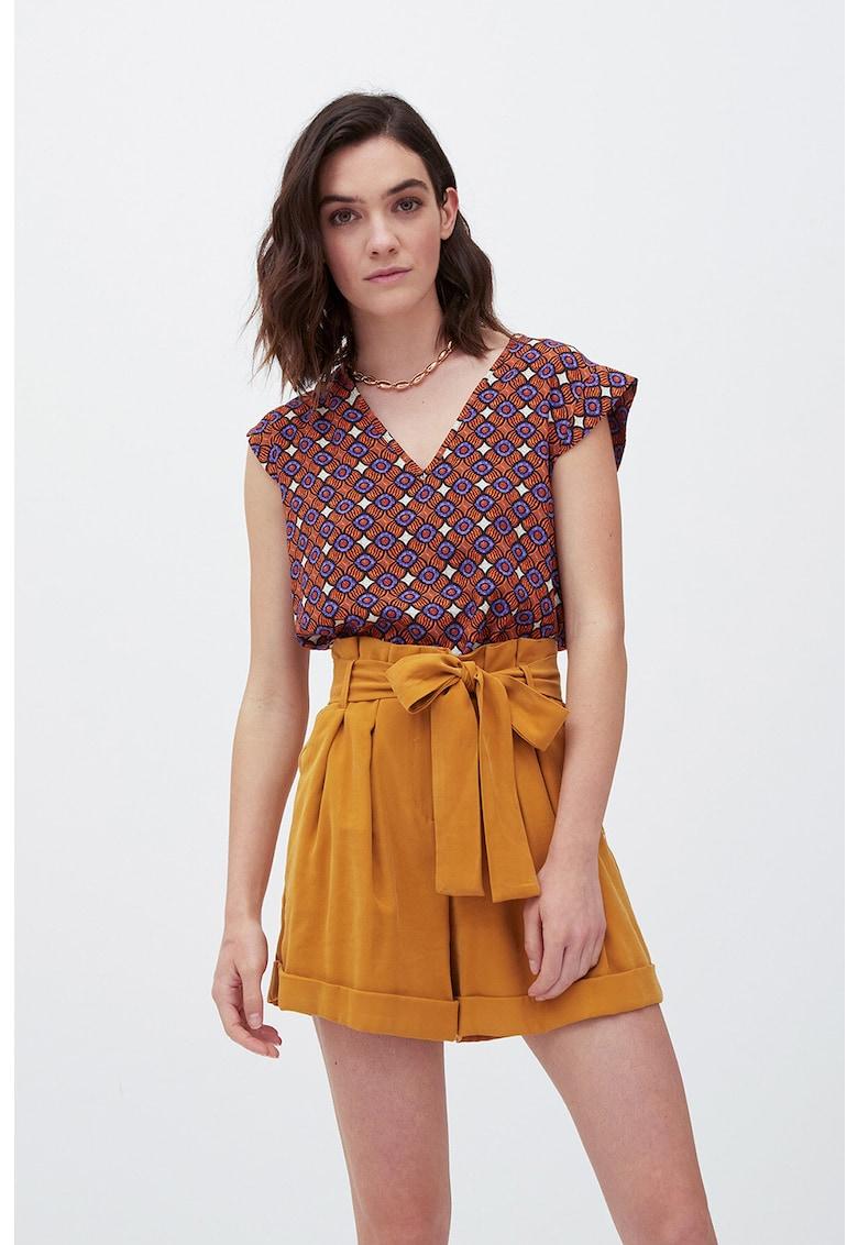 Bluza cu decolteu in V si model etnic