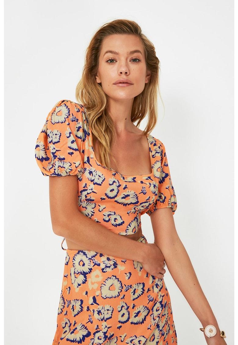 Set de bluza crop si fusta cu croiala in A