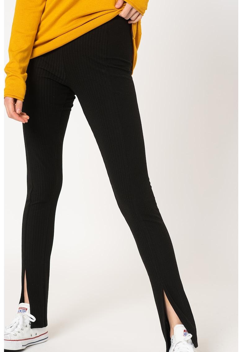 Pantaloni striati cu slituri frontale Nella