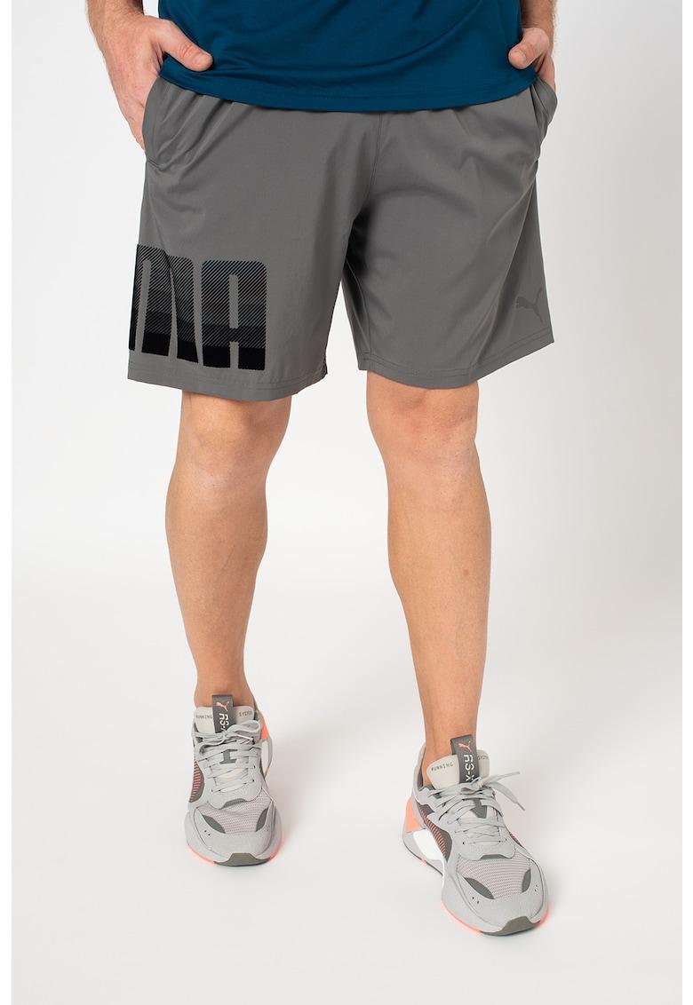 Puma Pantaloni scurti tesuti – cu logo – pentru fitness Collective
