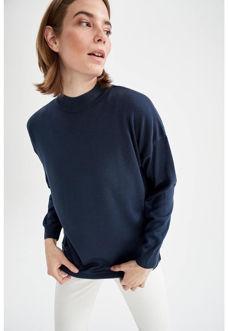 Pulover tricotat supradimensionat cu guler scurt de la DeFacto