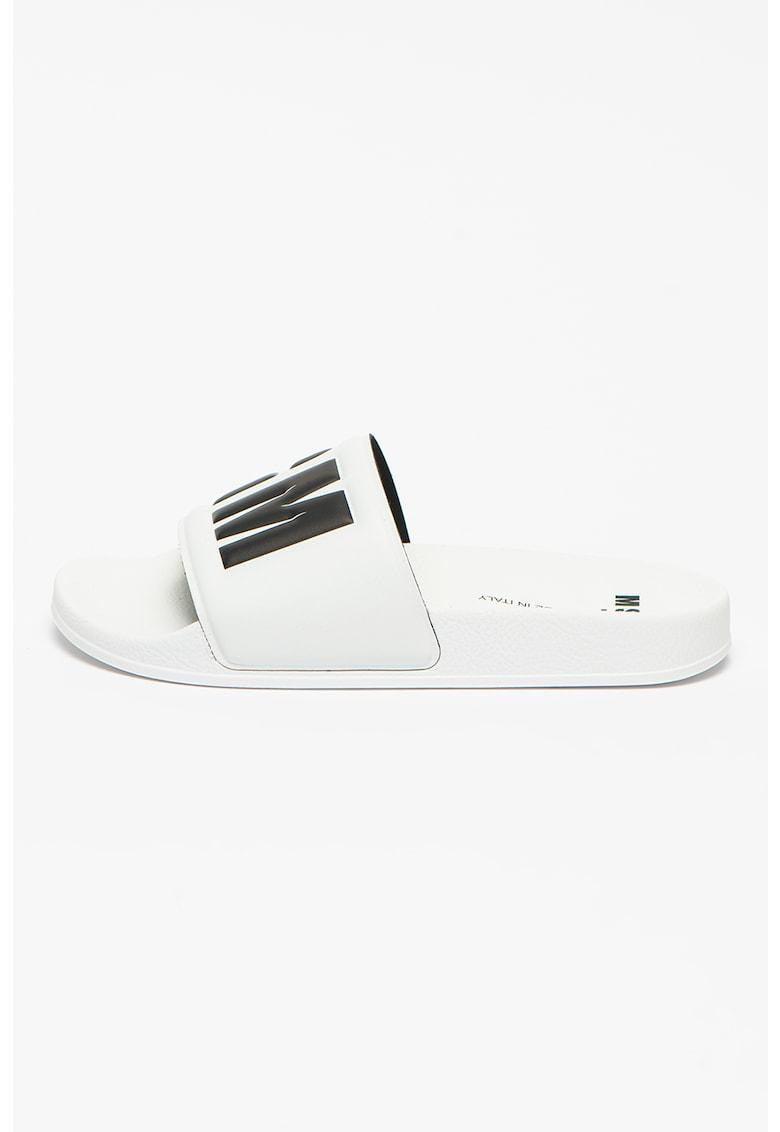 Papuci cu logo