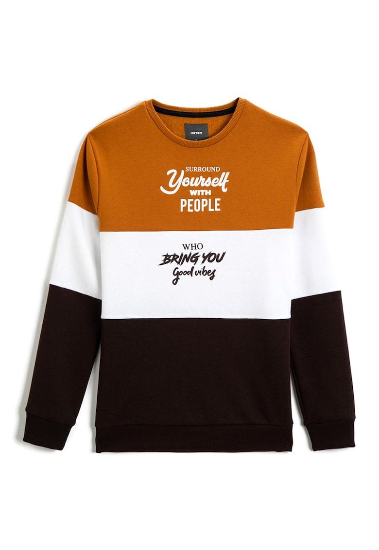 Bluza sport cu decolteu la baza gatului si imprimeu text de la KOTON