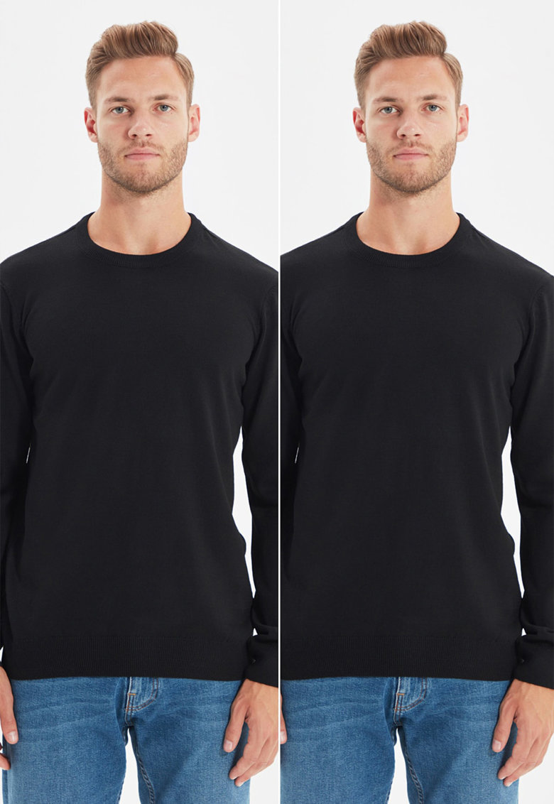 Set de pulovere slim fit cu decolteu la baza gatului - 2 piese