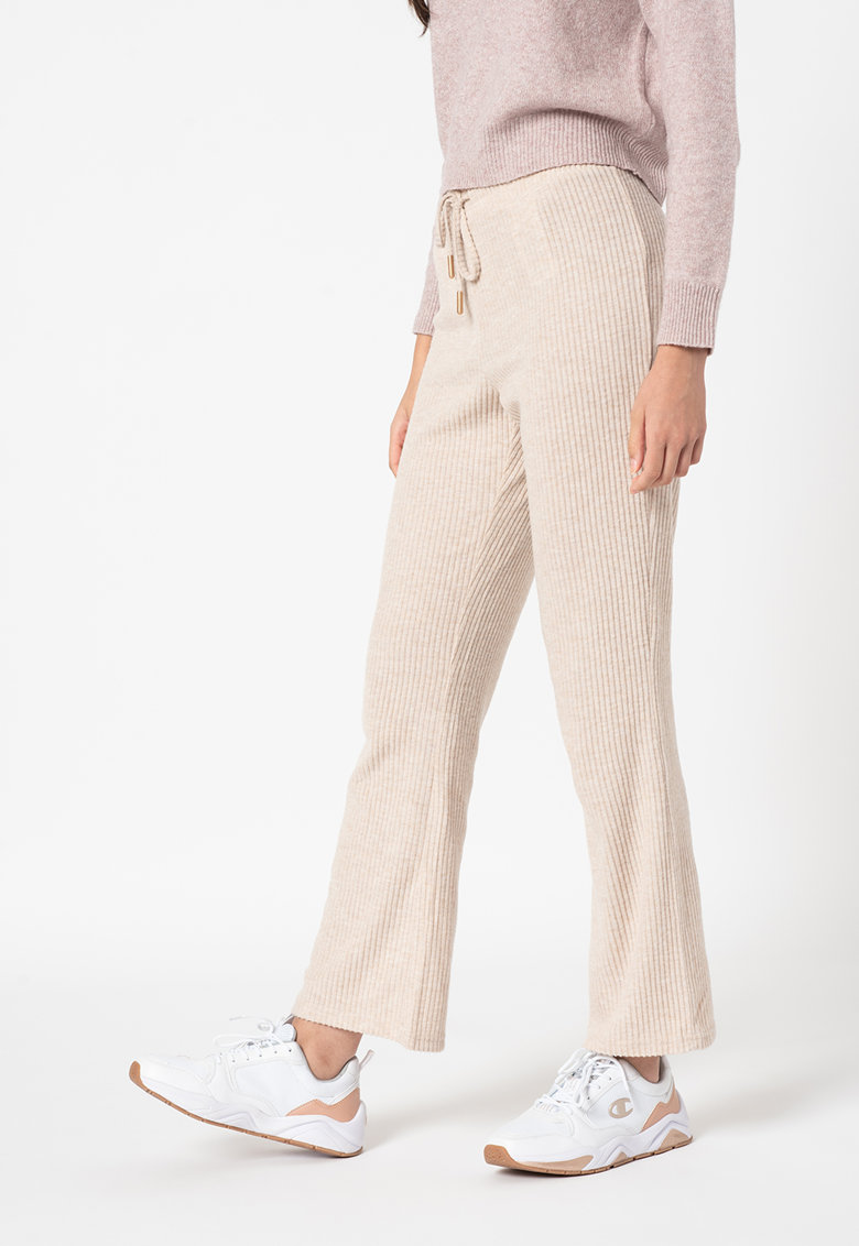 Pantaloni evazati cu aspect striat Cortney de la Only