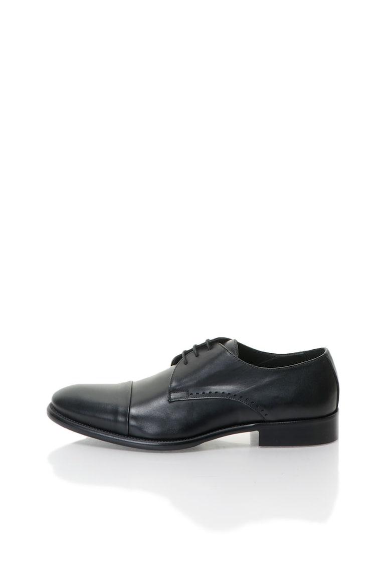 Pantofi derby negri de piele de la Zee Lane