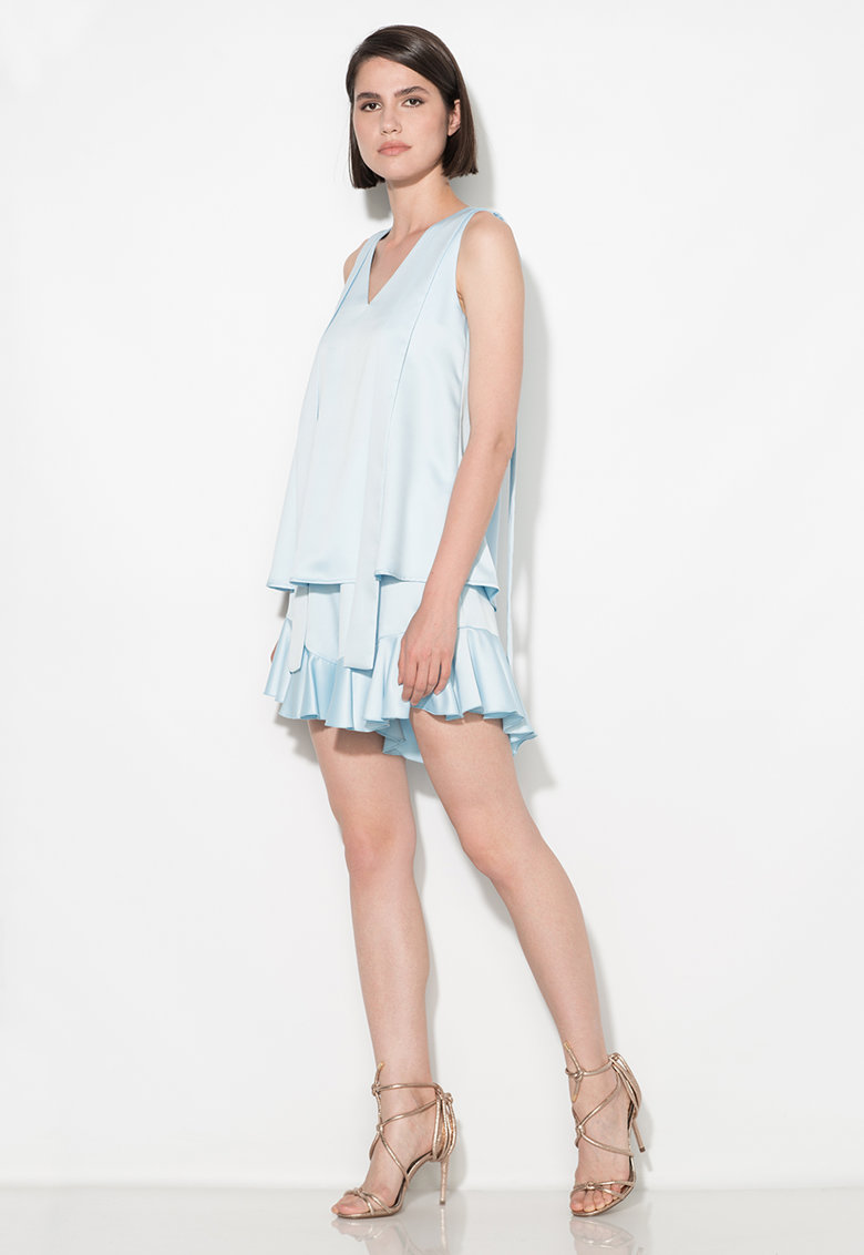 Pantaloni scurti albastru pastel cu volane la terminatii Zee Lane Collection