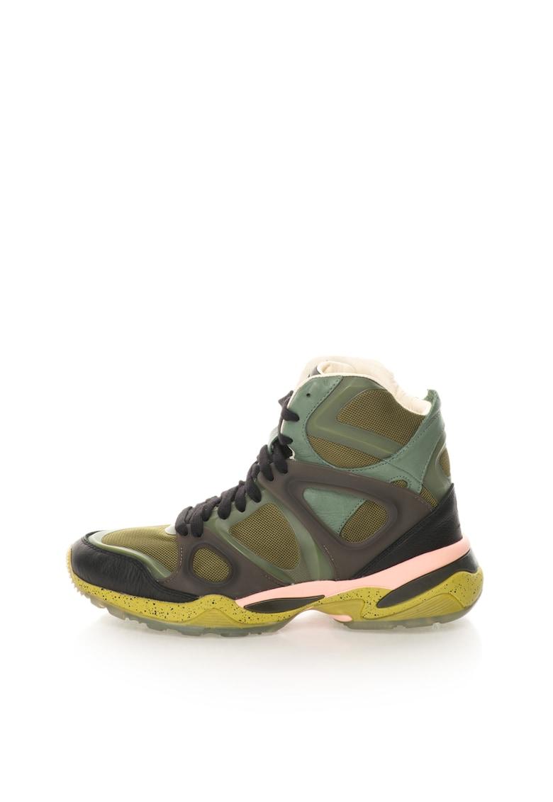 Pantofi sport inalti in nuante de verde cu negru McQ Run