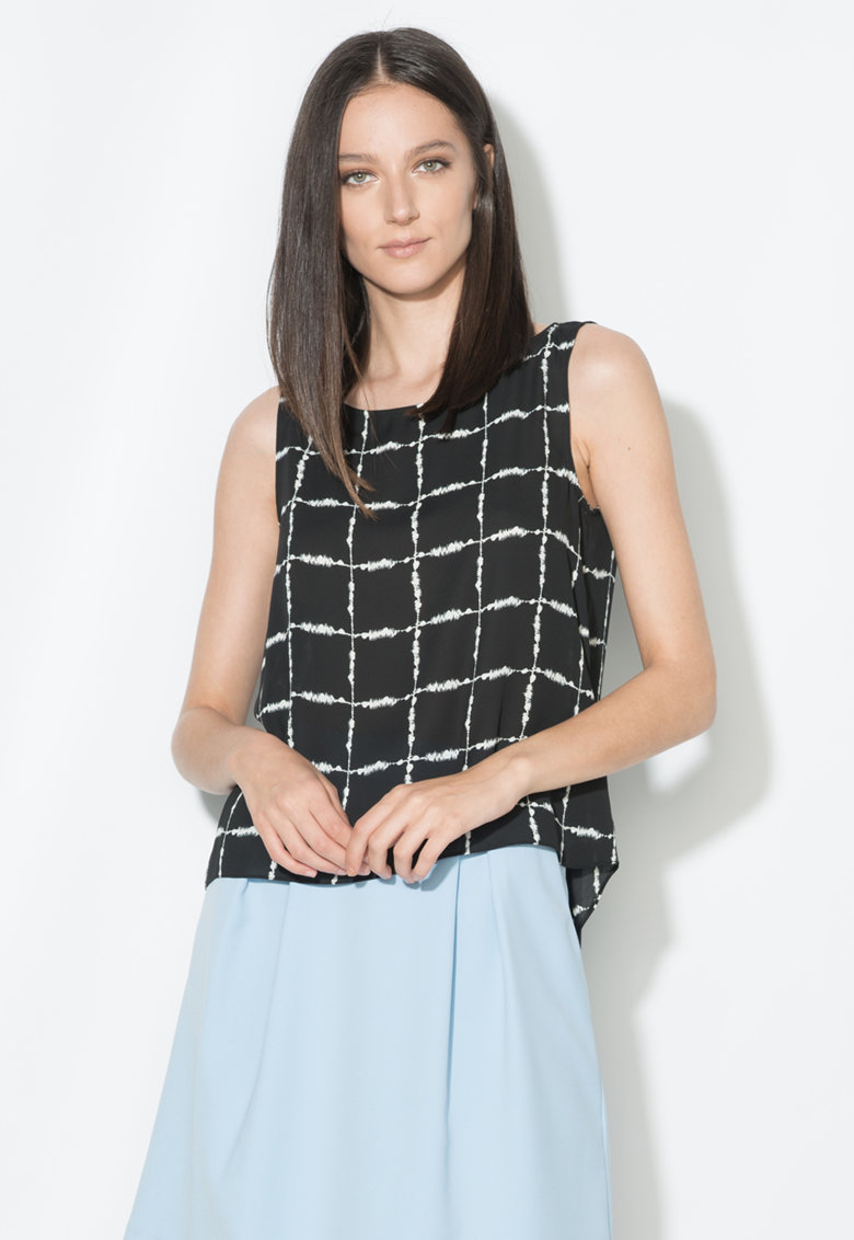 Zee Lane Collection Top in carouri negru si alb cu terminatie asimetrica