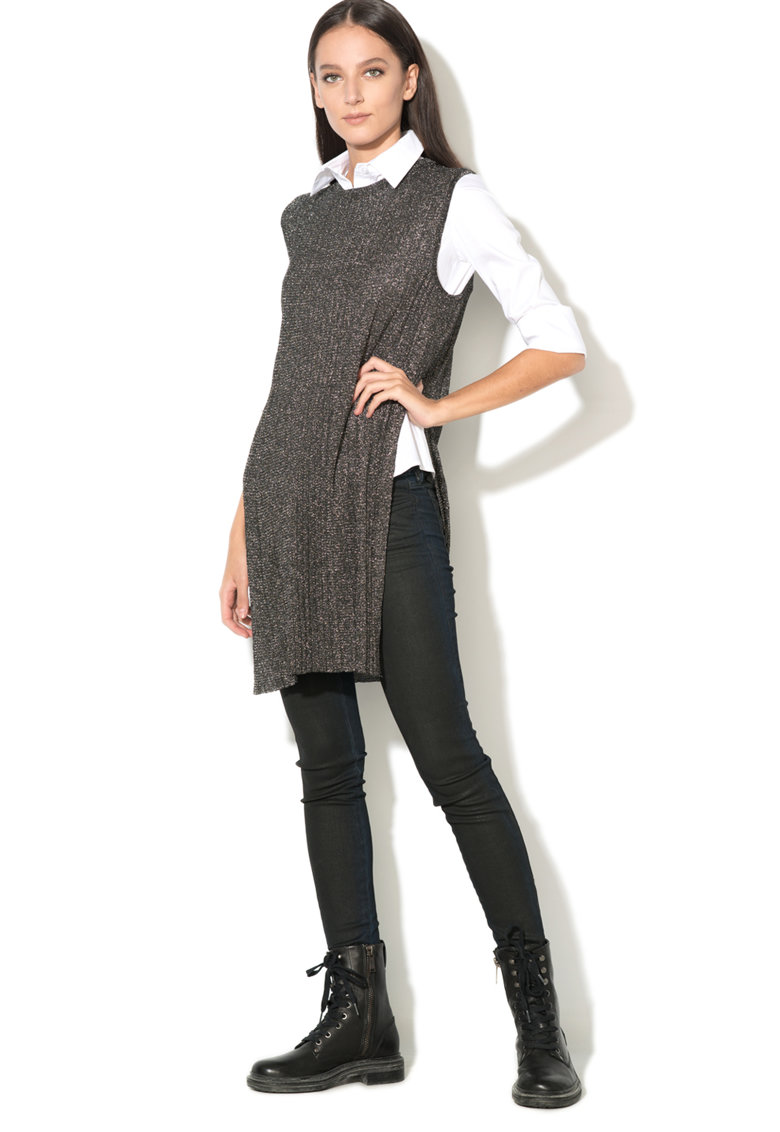 Top drept lung cu aspect metalic imagine fashiondays.ro Diesel