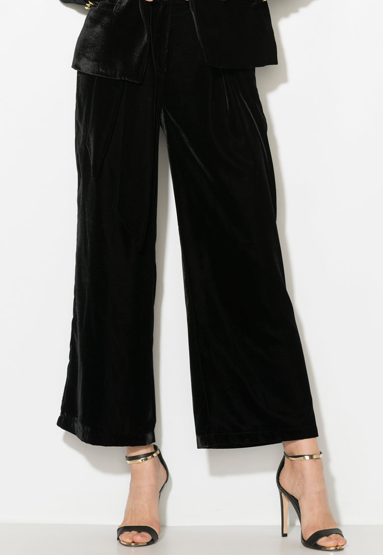 Pantaloni culotte de catifea cu un cordon in talie de la Zee Lane Collection